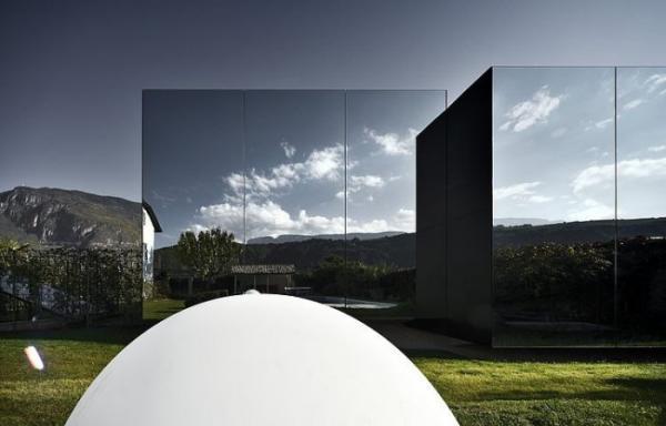 Красота и комфорт: зеркальные дома в Доломитовых Альпах (ФОТО)