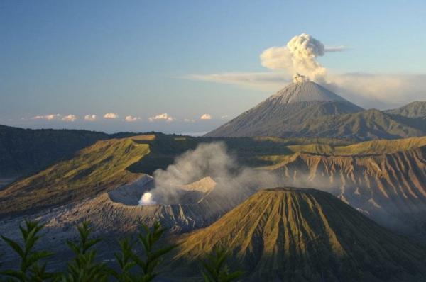Гора Бромо: Голодный Вулкан (ФОТО)