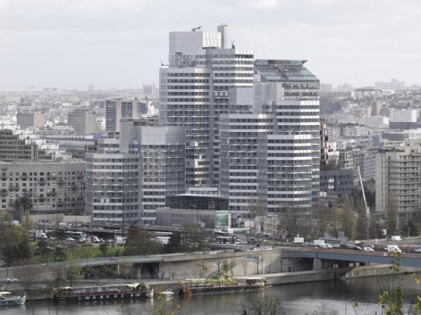 Башни в браслетах: офисный комплекс в Париже (ФОТО)