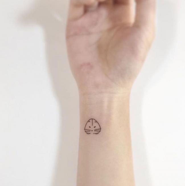 Корейский мастер создает невероятно нежные и крошечные татуировки (ФОТО)