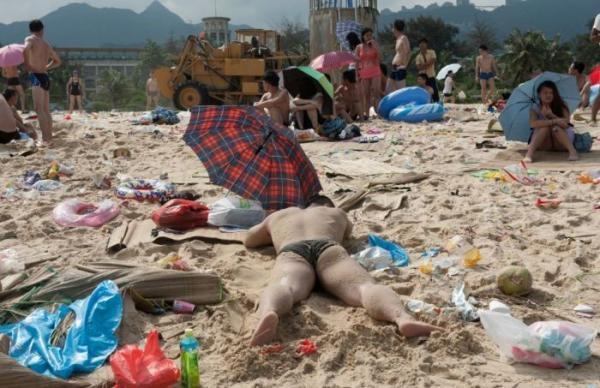 Made in China: Суровые китайские пляжи (ФОТО)