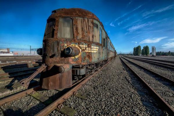 Заброшенный Восточный экспресс, напоминающий о роскошных путешествиях прошлого (ФОТО)