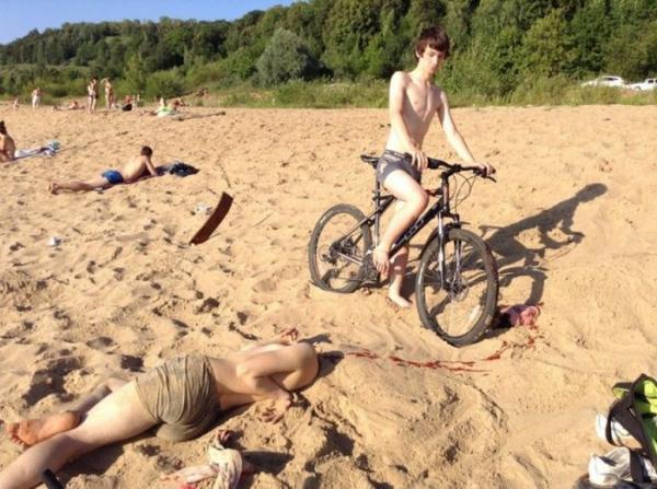 10 курьезных снимков на пляжную тематику (ФОТО)