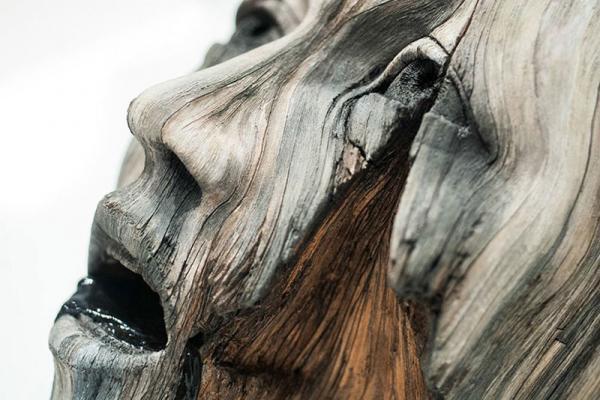 Обманчивое впечатление: скульптор делает деревянные скульптуры из керамики (ФОТО)