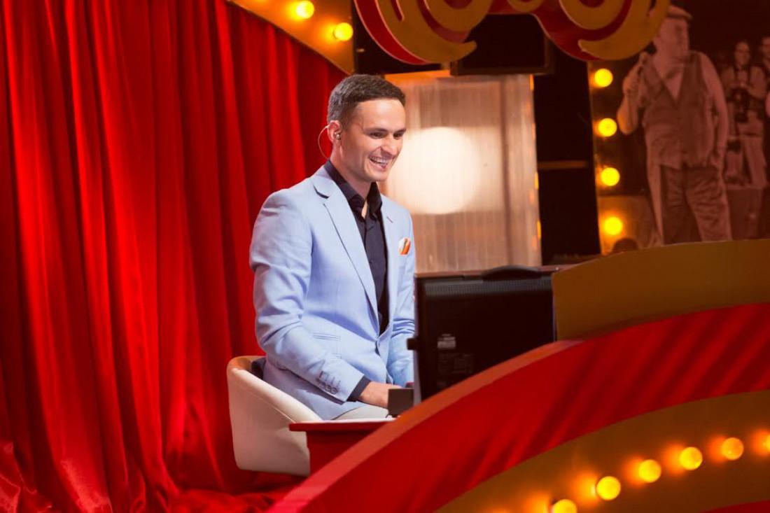 Стало известно, кто будет новым ведущим юмористического шоу «Рассмеши комика» (ФОТО)
