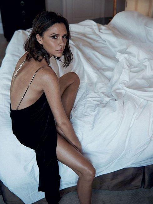 Виктория Бэкхем в нежной фотосессии для Vogue (ФОТО)