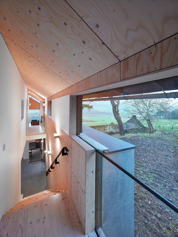 Простое и функциональное жилище: сельский дом в стенах старинной мельницы (ФОТО)