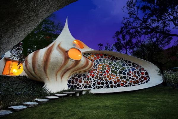 Одно из самых дивных сооружений мира: дом-моллюск в столице Мексики (ФОТО)