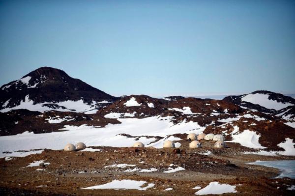 Экстремальный туризм с комфортом: купольные домики в Антарктиде (ФОТО)