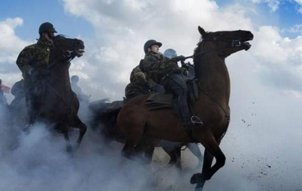 Семь сумасшедших тренировок, практикуемых в армиях разных стран мира (ФОТО)