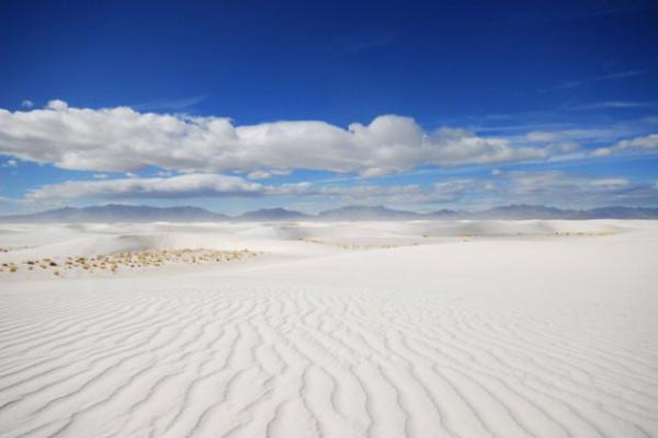 Уникальный феномен: фарфоровая пустыня в американском штате Нью-Мексико (ФОТО)