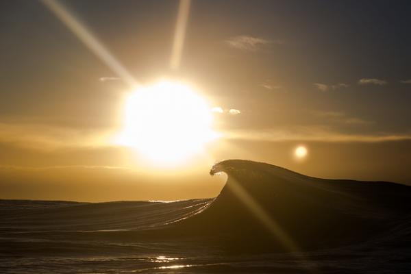 Взаимосвязь воды и солнца: эффектный фотопроект мастера из Австралии (ФОТО)
