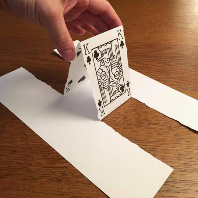Невероятные 3D-постановки, сделанные из обычных листов бумаги (ФОТО)
