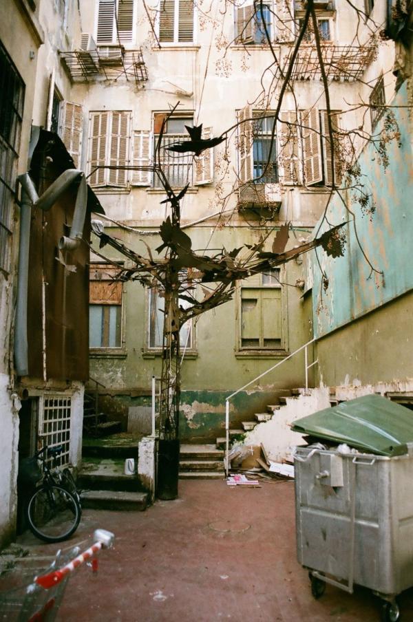 Неизвестный Тель-Авив: снимки дрожащих теней (ФОТО)