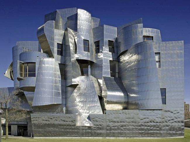 20 зданий, которые восстали против законов физики (ФОТО)