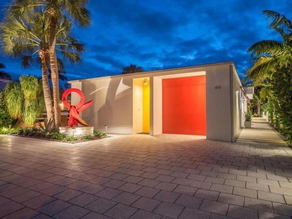 Странные дома, которые можно найти на мировом рынке недвижимости (ФОТО)