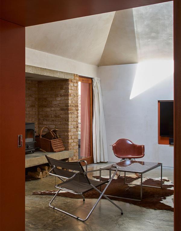 """Уединенное пространство в мегаполисе: """"жестяной"""" дом в Лондоне (ФОТО)"""
