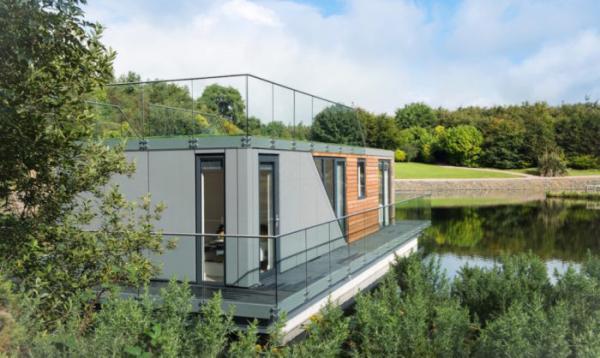 Дом на воде: романтичное и практичное решение для временного жилья  (ФОТО)