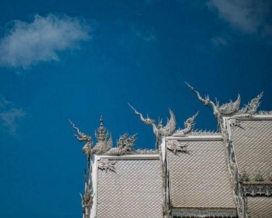 Ват Ронг Кхун: снежный замок Таиланда (ФОТО)