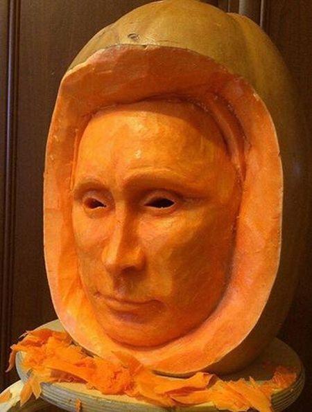 Инопланетный Путин: как выглядел российский президент на Хэллоуин (ФОТО)