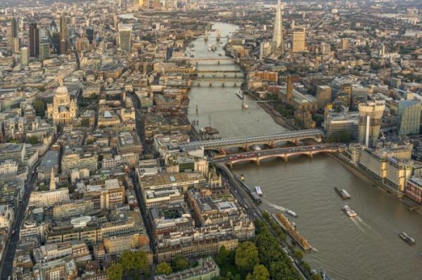 Вид сверху: завораживающие красоты Лондона с высоты птичьего полета (ФОТО)