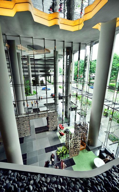 В Сингапуре построили уникальный сад-отель (ФОТО)