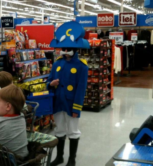 Покупатели магазина Walmart не перестают удивлять (ФОТО)