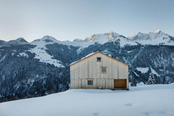 Уютный дом, позволяющий насладиться прекрасными пейзажами в Австрии (ФОТО)