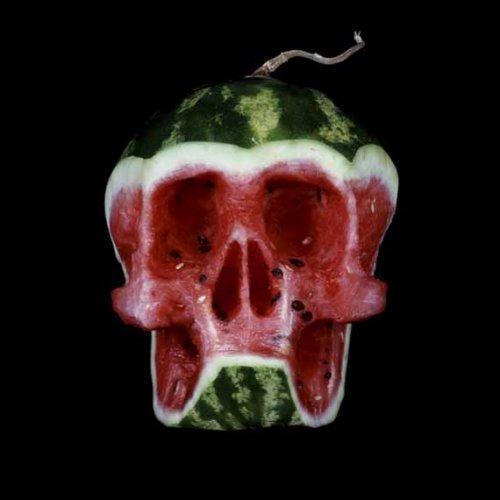 Курьезные поделки из овощей и фруктов (ФОТО)