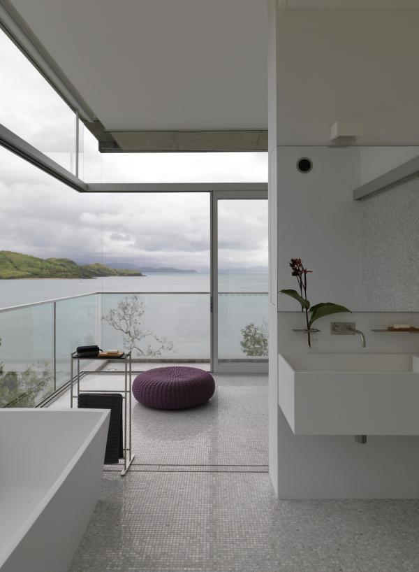 Конструкция, способная выдержать тропические циклоны: впечатляющая резиденция на острове в Тихом океане (ФОТО)