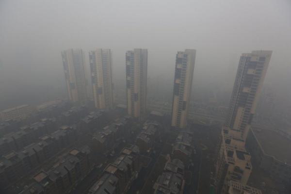 Пекинский смог шокировал пользователей Сети (ФОТО)