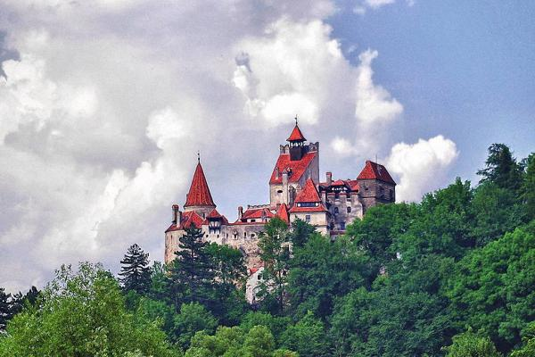 Замок Бран: мистическая достопримечательность наших дней (ФОТО)