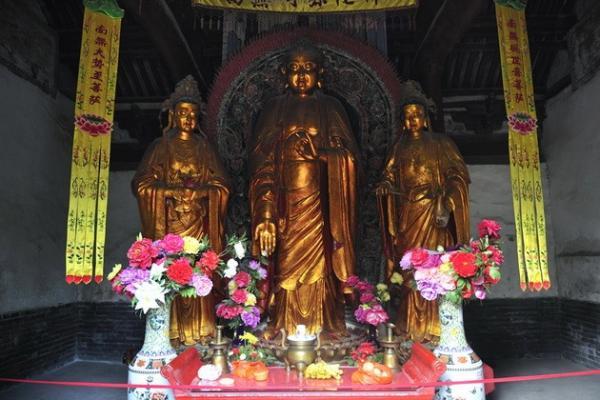 Экскурс в историю: первый буддийский монастырь Китая (ФОТО)