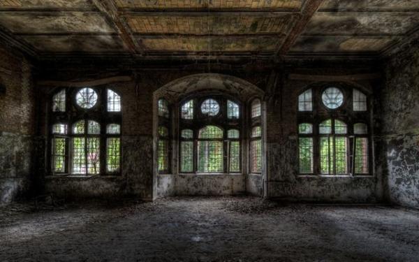 Идеальные крепости, разрушенные временем (ФОТО)