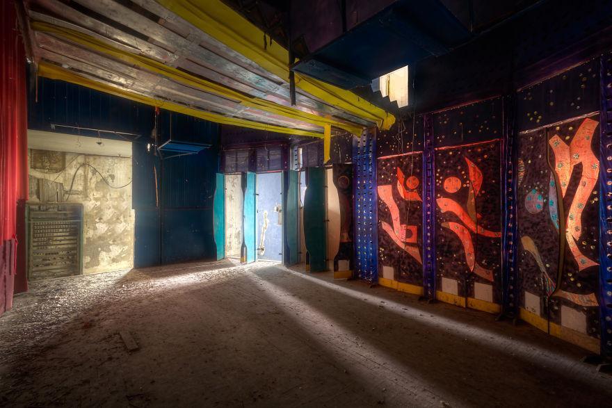 Потрясающее заброшенное казино на берегу Черного моря (ФОТО)