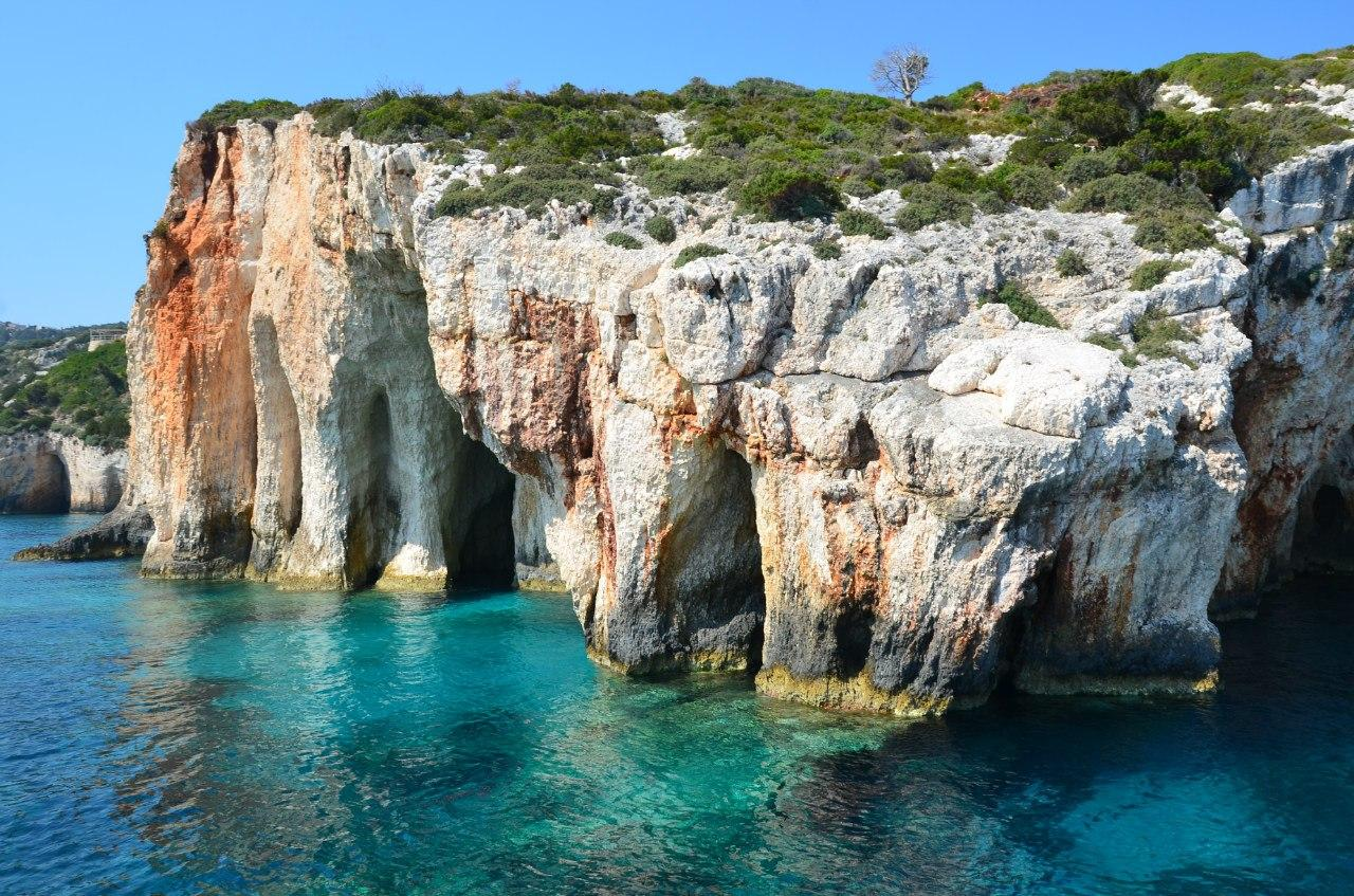 Голубые пещеры Закинфа - одно их красивейших мест на Земле (ФОТО)