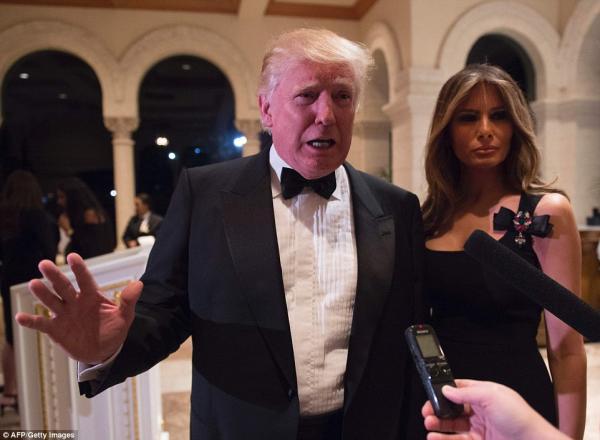 Как прошла новогодняя ночь Дональда Трампа (ФОТО)