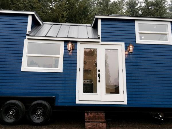 Винтажный гламур: крошечный дом-трансформер, в котором все преобразуется по щелчку  (ФОТО)