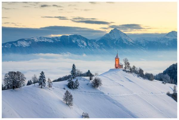 Удивительные зимние пейзажи с разных уголков мира (ФОТО)