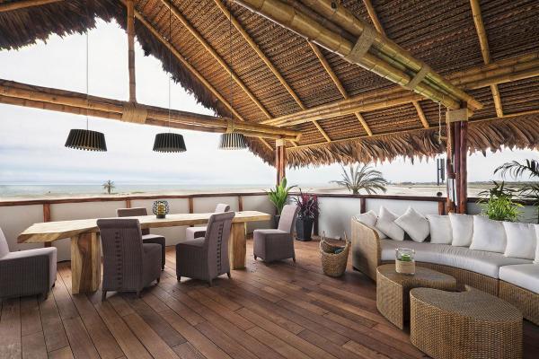 Уютный домик на берегу Тихого океана: тропическая резиденция в Южной Америке (ФОТО)