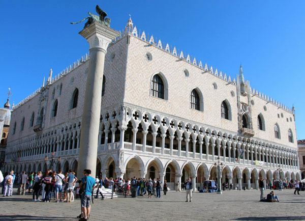 Дворец дожей: легендарная достопримечательность итальянской Венеции (ФОТО)