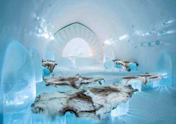 Ледяное царство: самый оригинальный отель Швейцарии (ФОТО)