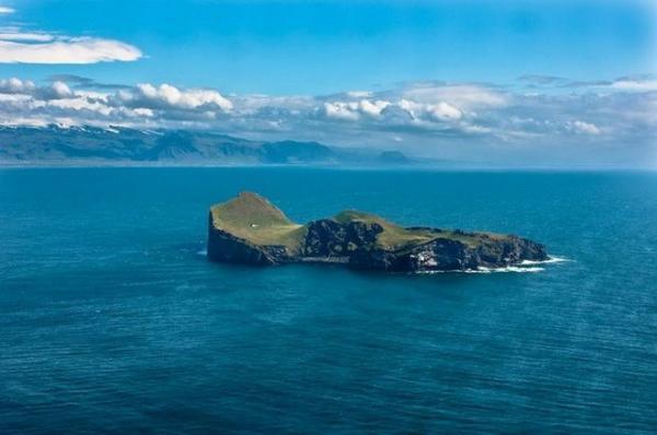 "Пристанище на ""краю света"": одинокий дом острова Эллида (ФОТО)"