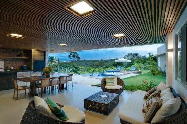 Семейная резиденция 21 века: великолепное современное жилье в Бразилии (ФОТО)