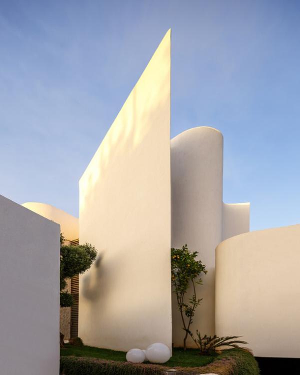 Смелый эксперимент: необыкновенная вилла в Марокко (ФОТО)