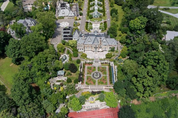 Гламур 20 века: особняк миллиардера-эмигранта из СССР стоимостью 85 млн долларов (ФОТО)