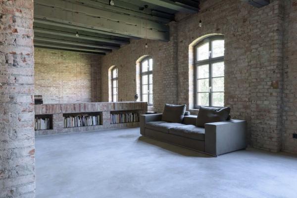 Архитекторы из Германии превратили старое здание суда в жилой дом (ФОТО)