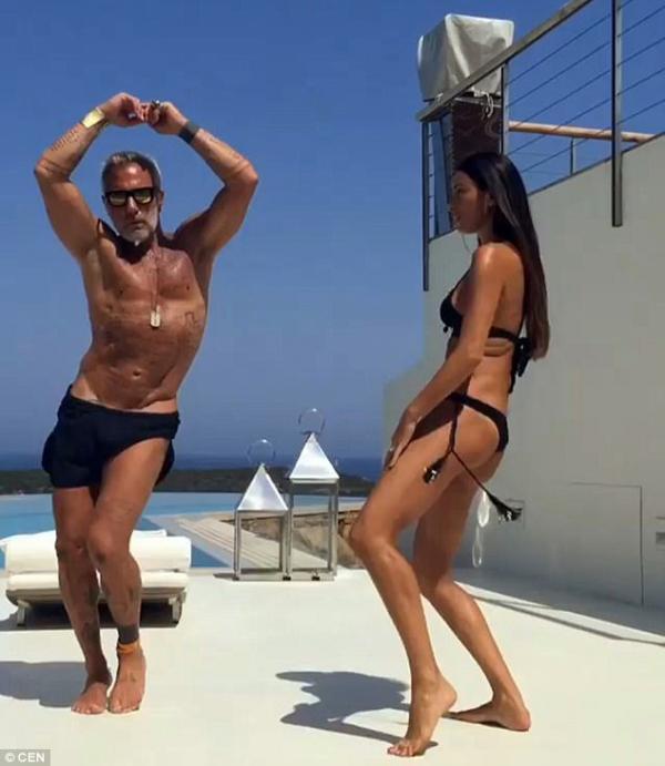 Танцующий миллионер поделился снимками с отдыха (ФОТО)