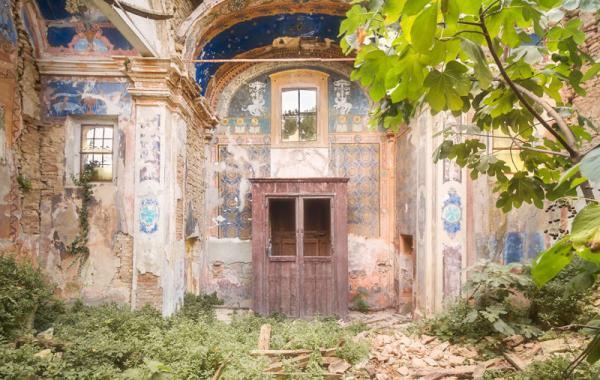 И страшно и красиво: заброшенные храмы мира (ФОТО)