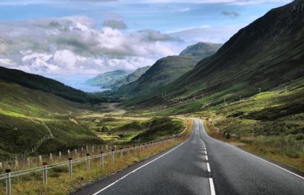 Удивительные дороги мира, от которых захватывает дух (ФОТО)